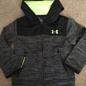 Size 4 under armour coat